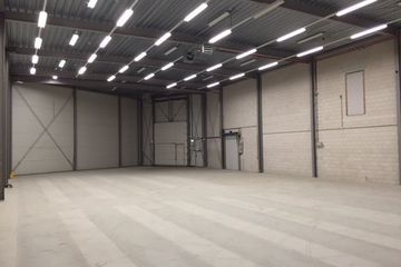 Office space for rent camerastraat almere 4